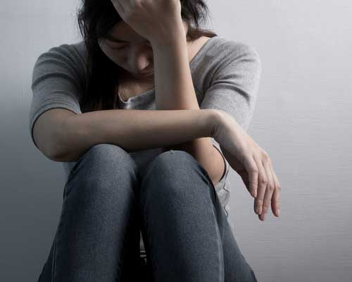 sad-woman-in-need-of-dual-diagnosis-treatment